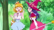Riko niega pero Mirai dice que es mejor de dos