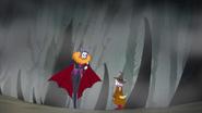 Batty saludando a Yamoh