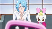 Blue y Ribbon pidiendo a Megumi guardar el secreto de pretty cure