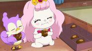 12.Pafu y Aroma comiendo