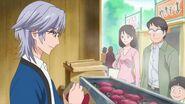 Takumi en un puesto de papatas