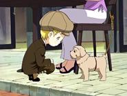 Niño mansion mirando perro
