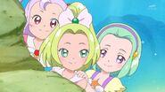 63. Las chicas deciden hablar con Mirai y Riko
