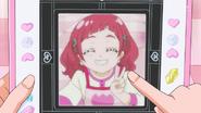 HuPC06.57-Fotografia tomada desde la Tableta Futuro de Hana como florista