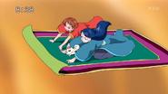 Rin , Karen y coco volando en la alfombra magica