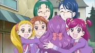 Girls manage to stop Kurumi to call Syrups name