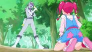 STPC03 A Nottorei picks up the Star Color Pen before Hikaru does