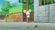 Candy creyendo que las voces de Miyukiy Akane eran de fantasmas