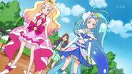 Kirara sorprendida con las Pretty Cure