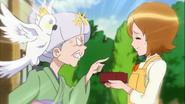 Mitsuya reprende a las chicas por llegar tarde