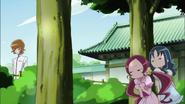 Tsubomi y Erika espían a Itsuki