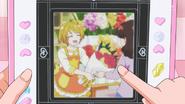 HuPC06.58-Fotografia tomada desde la Tableta Futuro de Homare como florista