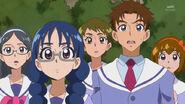 GPPC48 - Yui con Yuuki y otros estudiantes.