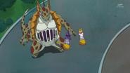 Yamoh monstruoso encerro a Kotoha