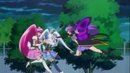 Tender ataca a Lovely y Princess