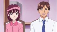 Kaori y Masaru le explican a Megumi sobre la enfermedad de su amdre