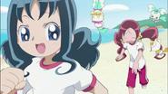 Tsubomi, Erika e Itsuki salen a correr por la mañana