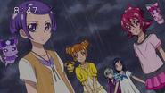 Makoto y las demás apoyan a Rikka