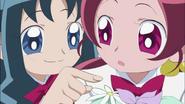 Erika propone ayudarla a terminar, pero Tsubomi se niega queriendolo hacer por ella misma