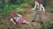 Michio ayuda a Nodoka