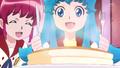 Megumi sirviendole a Hime
