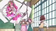 Michio acusa a Nodoka de invocar a los monstruos