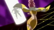 Sasorina tomando la Flor Corazón de Masahiro