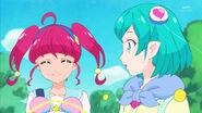 STPC4.14-Hikaru caminando alegremente a la escuela