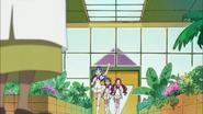 Tsubomi, Erika y Aya llegan al jardín botánico