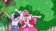 Grace protege a Chiyu