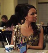 Mona 1x22 lunch