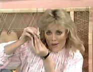 Showcases(12-23-1983)5