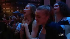 Девушки поют.jpeg