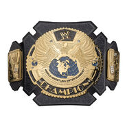 Triple H 25 Years Signature Series Championship Replica Title