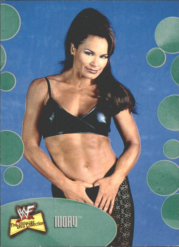 2001 WWF The Ultimate Diva Collection (Fleer) Ivory (No.52)