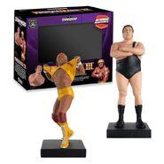 WrestleMania III Hulk Hogan vs Andre The Giant Hero Collector Figures & Magazine