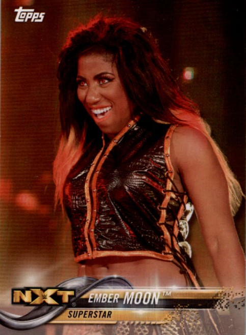 2018 WWE Wrestling Cards (Topps) Ember Moon (No.32)