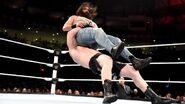WWE Roadblock 2016.29