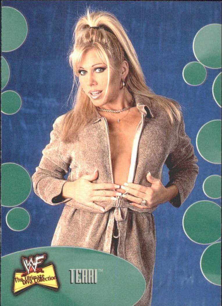 2001 WWF The Ultimate Diva Collection (Fleer) Terri (No.7)