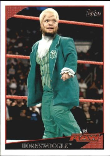 2009 WWE (Topps) Hornswoggle (No.28)
