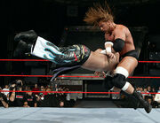 December 5, 2005 Raw.21.jpg