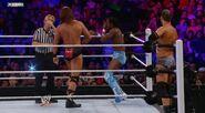 WWESUERSTARS102011 17