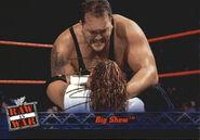 2001 WWF RAW Is War (Fleer) Big Show 44