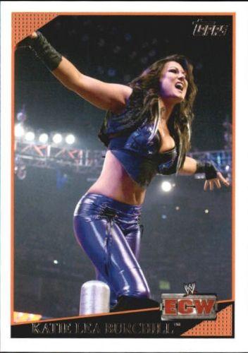 2009 WWE (Topps) Katie Lea Burchill (No.32)