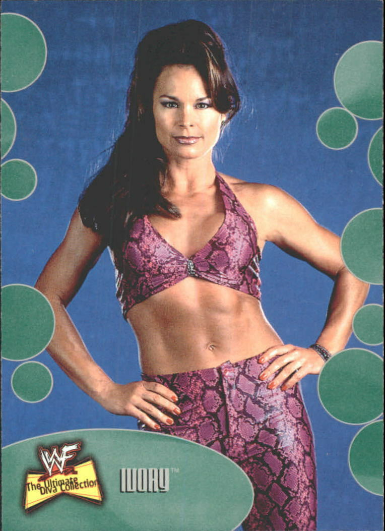 2001 WWF The Ultimate Diva Collection (Fleer) Ivory (No.3)