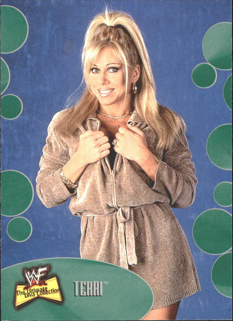 2001 WWF The Ultimate Diva Collection (Fleer) Terri (No.28)