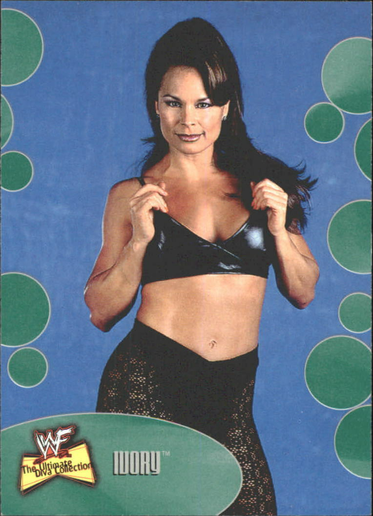 2001 WWF The Ultimate Diva Collection (Fleer) Ivory (No.38)