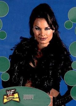 2001 WWF The Ultimate Diva Collection (Fleer) Ivory (No.24)