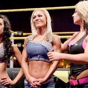 WWE NXT 10-5-10 025.jpg