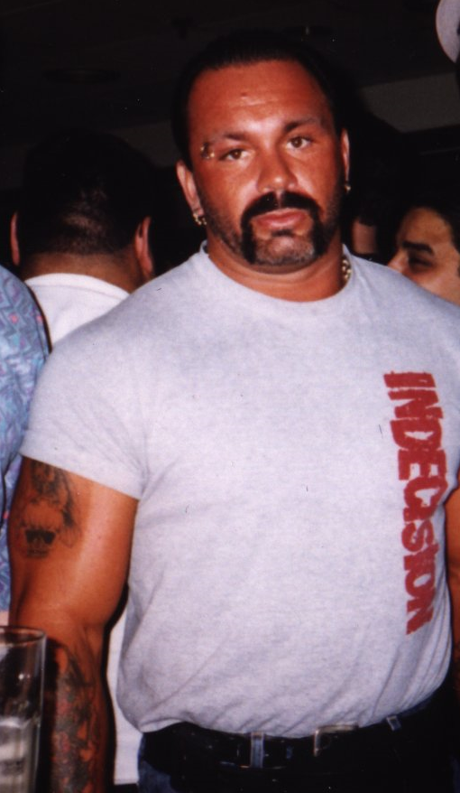 Perry Saturn 1998.png